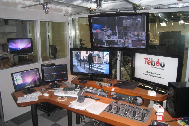 Installation d'équipement au studio de Tébéo par Digital6
